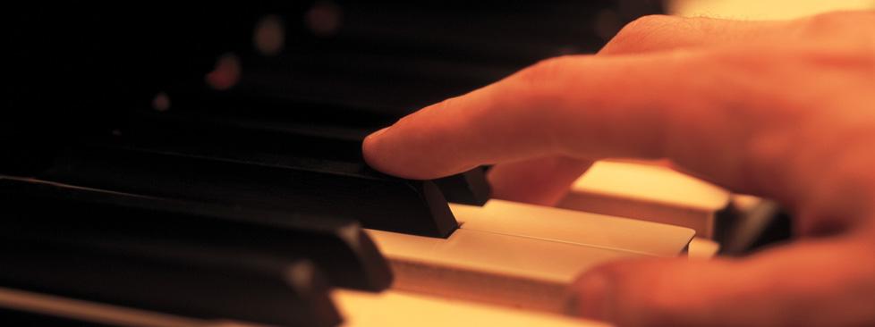 lär dig spela piano